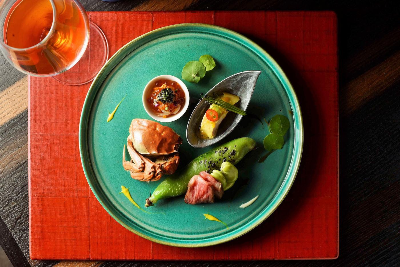 4000 Chinese restaurantの1枚目のカバー写真